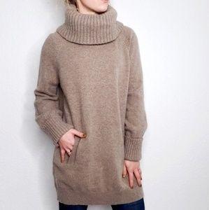 Gap Lambswool Oversized Tan Turtleneck Sweater